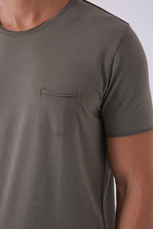 Vintage Yuvarlak Yaka Cepli T-Shirt