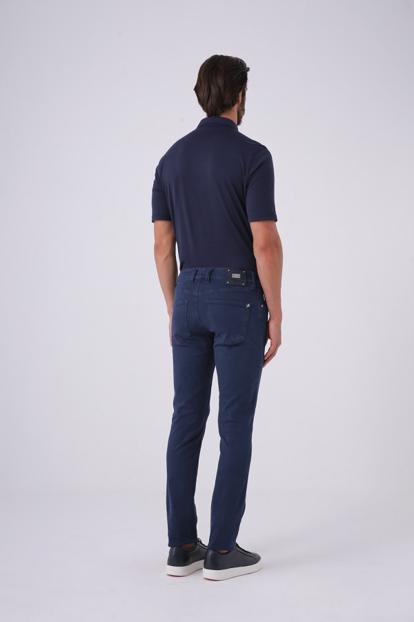 Power Strech Slim Fit Jean Model
